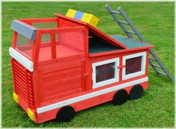 Kaninchenstall Feuerwehrauto, BS, einstöckig, mit Stauraum