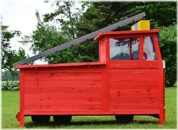 Kaninchenstall Feuerwehrauto, BS, einstöckig, mit Stauraum, geschlossen